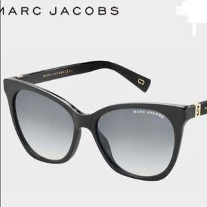 The Marc Jacobs 336/S Cat-Eye Shape Sunglasses